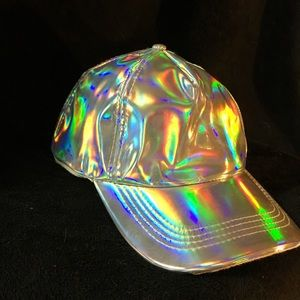 Holographic Hat